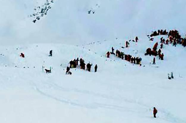 f-avalanche-a-20160115-870x580